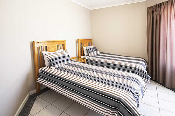Jeffreys Bay Pinnaquin self catering Apartments